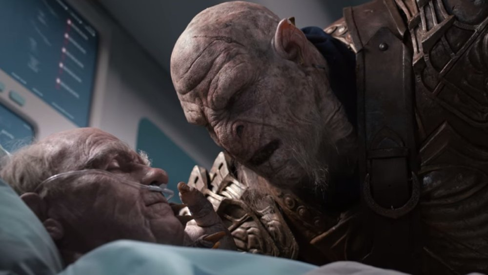 hilarious-middle-earth-shadow-of-war-commercial-reminds-us-the-orcs-never-forget-social.jpg