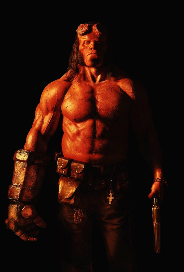 heres-your-first-look-at-david-harbour-as-hellboy1