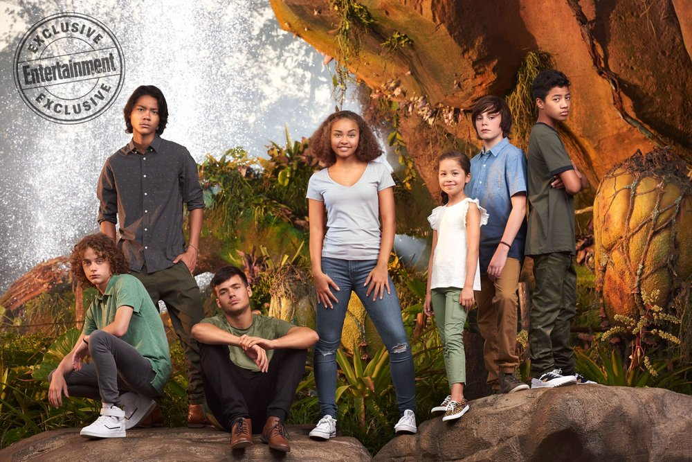 new-photo-from-the-avatar-sequels-reveals-the-young-actors-playing-jake-and-neytiris-kids1