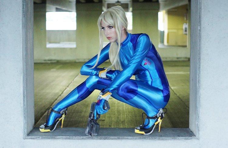 cosplay samus Dark suit