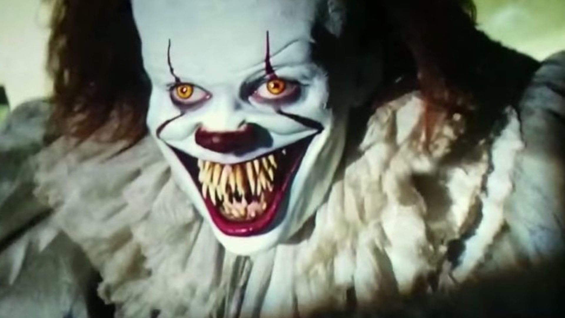 disturbing deleted scene from it featured pennywise the clown eating