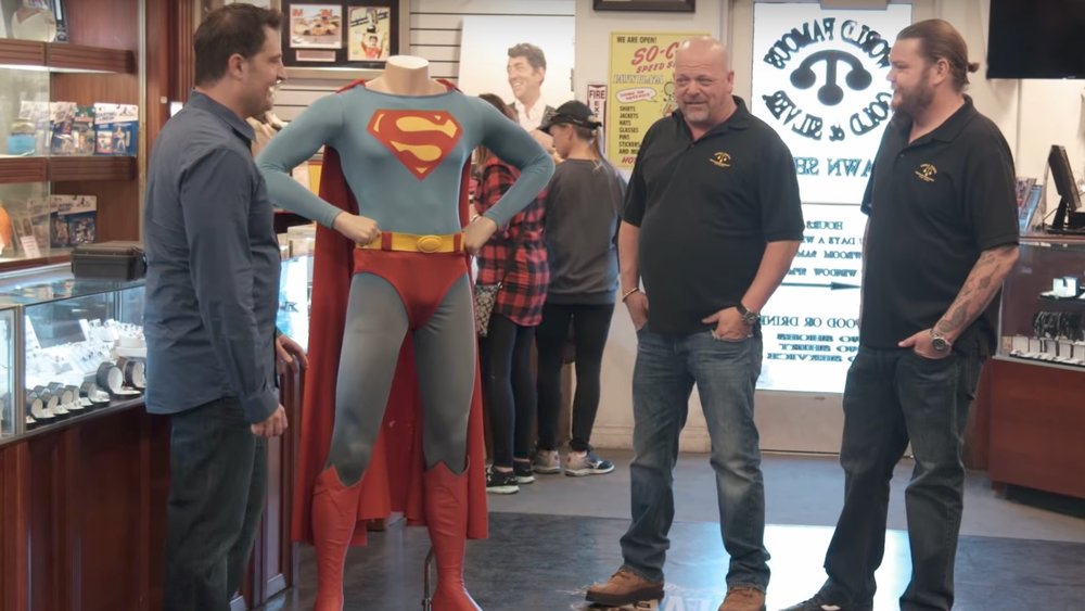 watch-some-guy-try-to-sell-christopher-reeves-original-superman-costume-on-pawn-stars-social.jpg