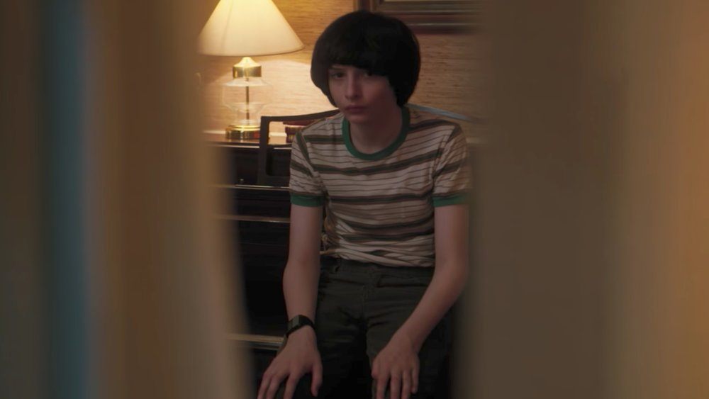new-stranger-things-season-2-clip-features-mike-being-questioned-about-eleven-social.jpg