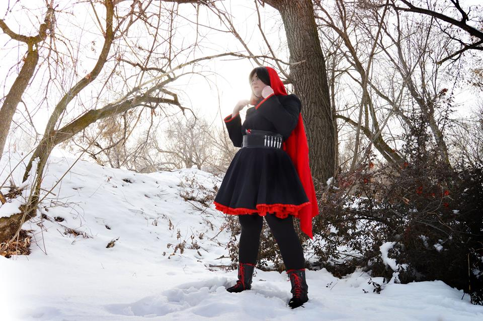 Holly Batali Cosplay_Ruby5_photo by Pink Lemonade Cosplay.jpg