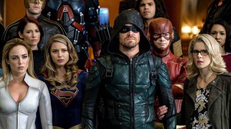 El crossover de DC 'Crisis on Earth-X' revela su primer tráiler