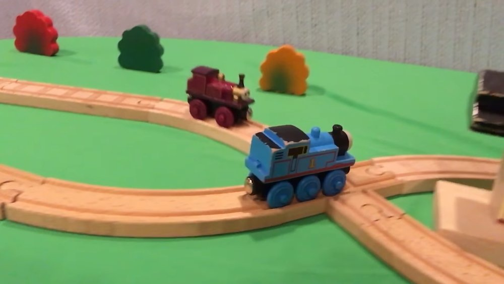 Watch These THOMAS THE TANK ENGINE Toys Perform Sick Tricks — GeekTyrant