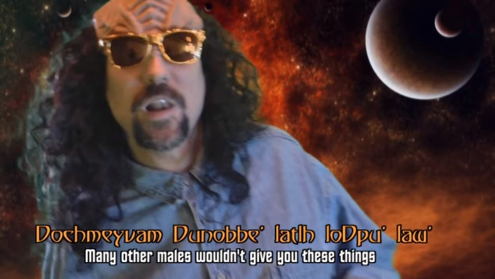 this-man-translated-never-gonna-give-you-up-to-klingon-and-he-deserves-a-pat-on-the-back-social.jpg