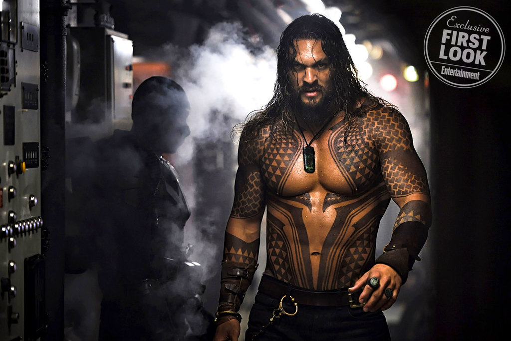 badass image of jason momoa as aquaman in director james wan s solo