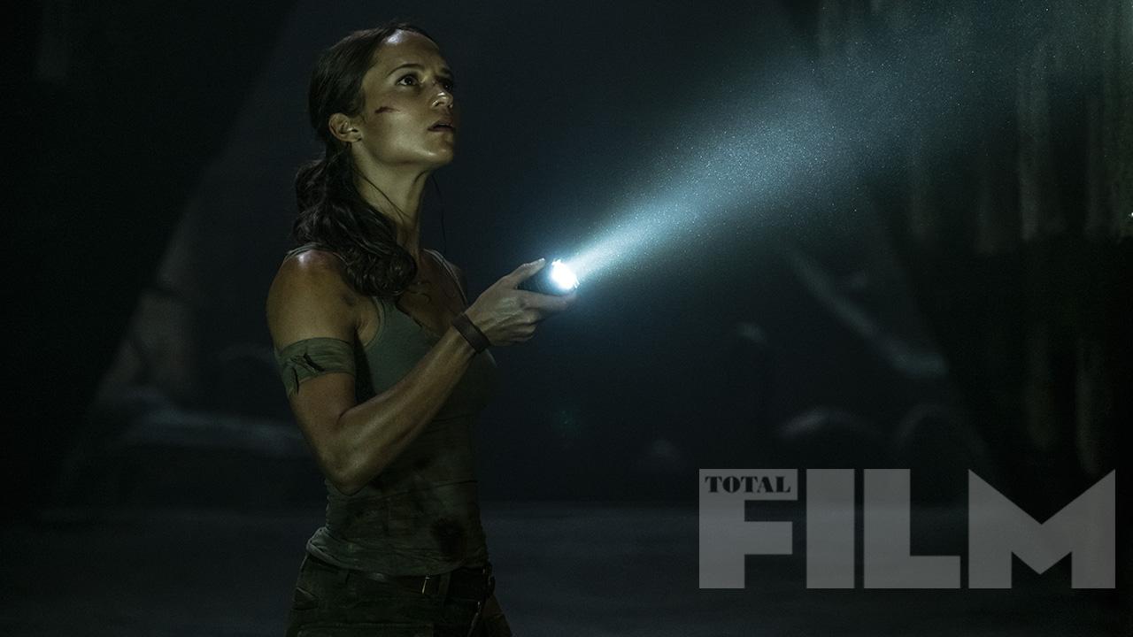 c867bd9d1486a8 jpgNew TOMB RAIDER Photos Feature Alicia Vikander in Action as Lara Croft7