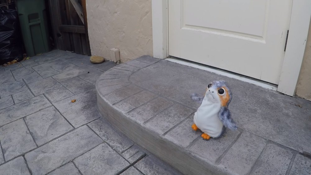 this-guy-just-built-his-own-robot-porg-and-youre-going-to-wish-you-had-one-social.jpg