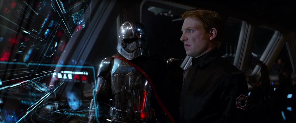 Hux_and_Phasma.jpg
