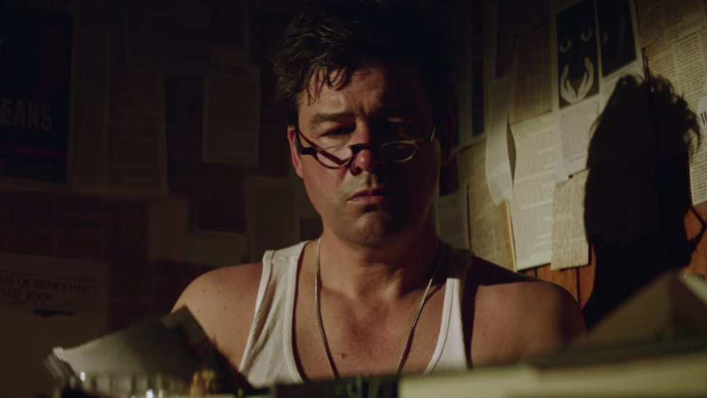 intriguing-first-trailer-for-the-vanishing-of-sidney-hall-with-kyle-chandler-logan-lerman-and-elle-fanning-social.jpg