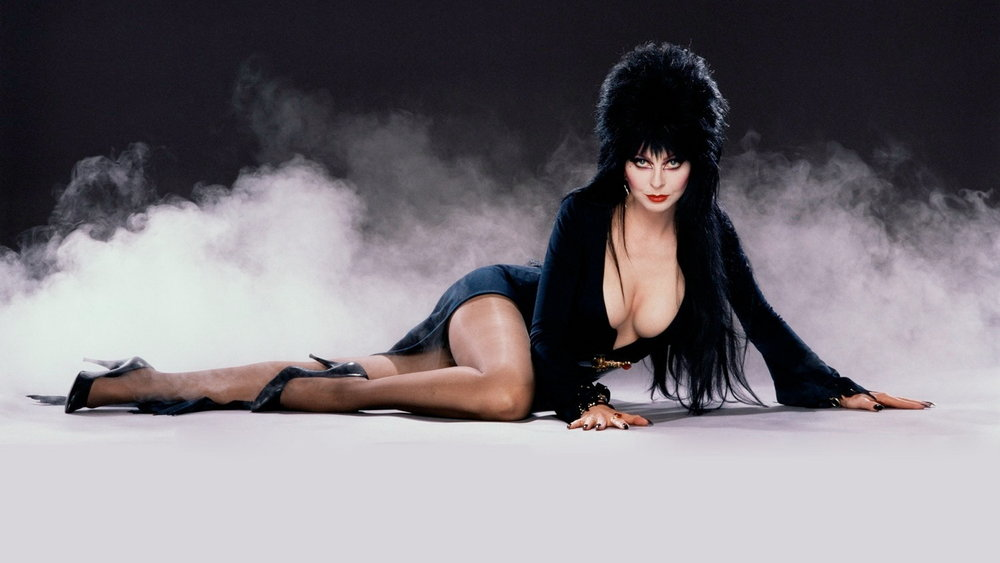elvira-mistress-of-the-dark-is-coming-to-blu-ray-social.jpg