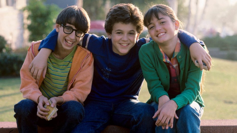 apparently-the-wonder-years-was-cancelled-because-of-a-ridiculous-sexual-harassment-claim-against-16-year-old-fred-savage-social.jpg