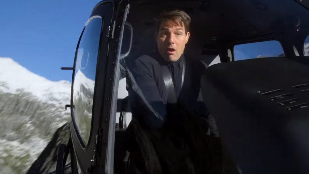 new-mission-impossible-fallout-featurette-focuses-on-tom-cruises-death-defying-helicopter-stunt-social.jpg