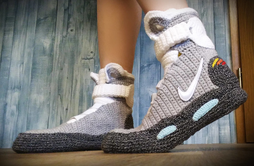 cool-hand-crafted-back-to-the-future-ii-nike-air-mags-slippers1