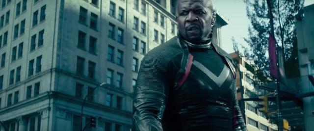the-new-deadpool-2-trailer-reveals-new-mutants-and-cast-members-including-it-star-bill-skarsgard1