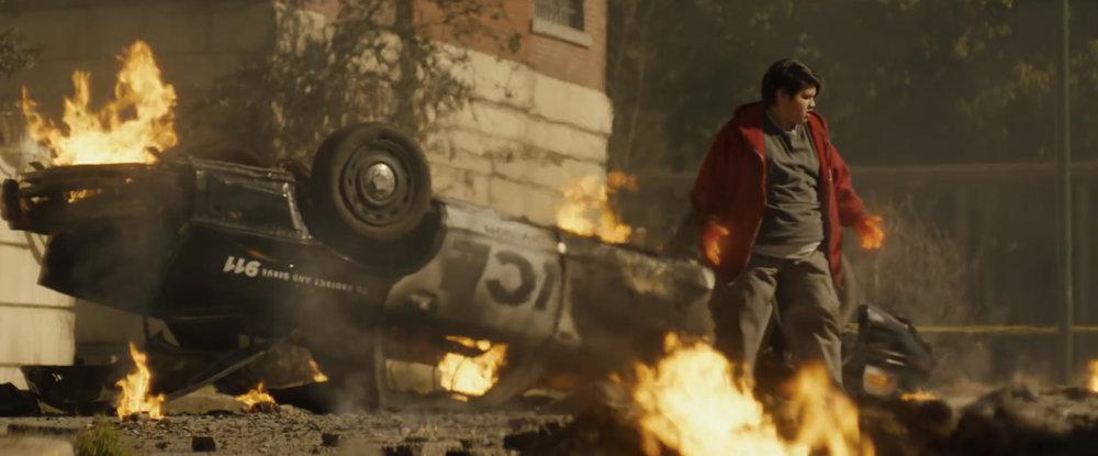 the-new-deadpool-2-trailer-reveals-new-mutants-and-cast-members-including-it-star-bill-skarsgard4