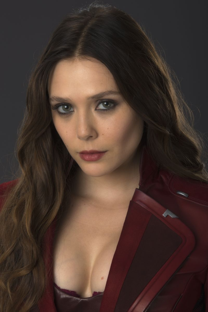 Detailed Look At Scarlet Witchs Avengers Age Of Ultron Costume  Geektyrant-6209