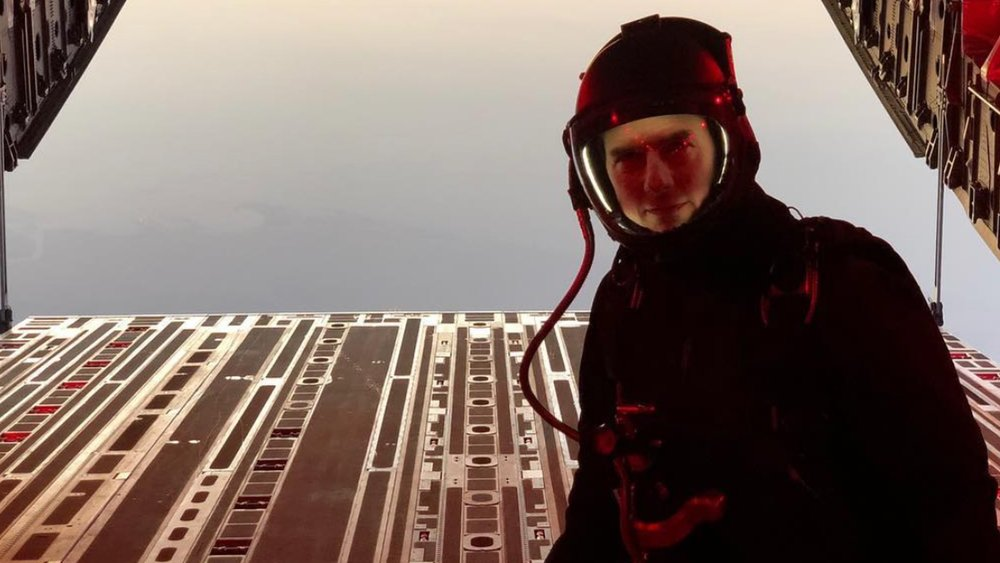 mission-impossible-fallout-wraps-production-with-tom-cruise-jumping-out-of-a-plane-at-25000-feet-social.jpg