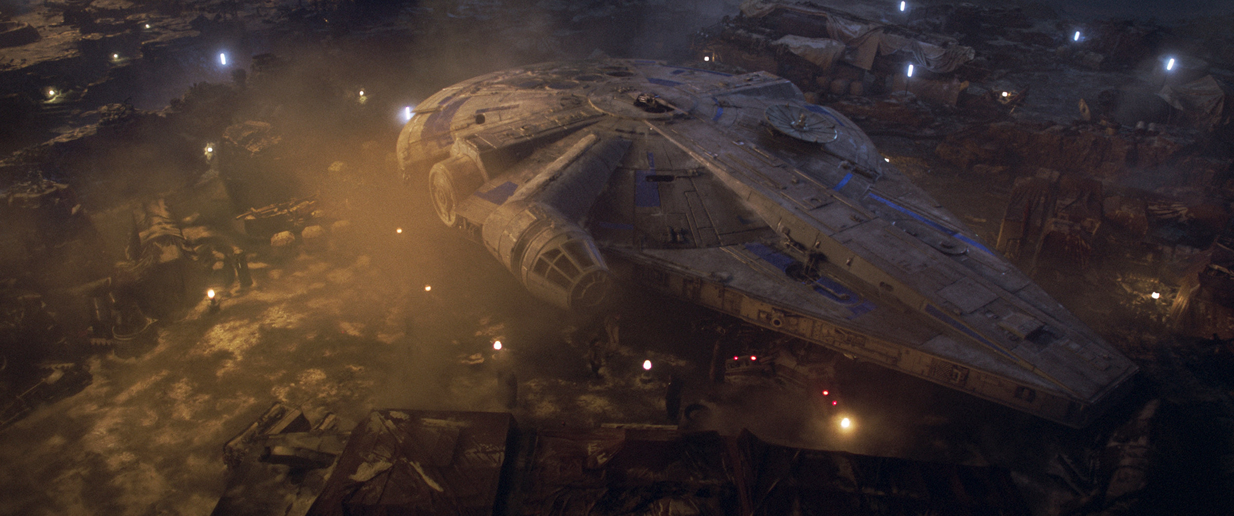 solo a star wars story new image high res photos and rogue one