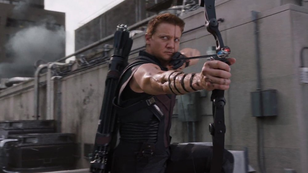 robert-downey-jr-says-he-thinks-hawkeye-is-the-only-one-that-can-beat-thanos-social.jpg