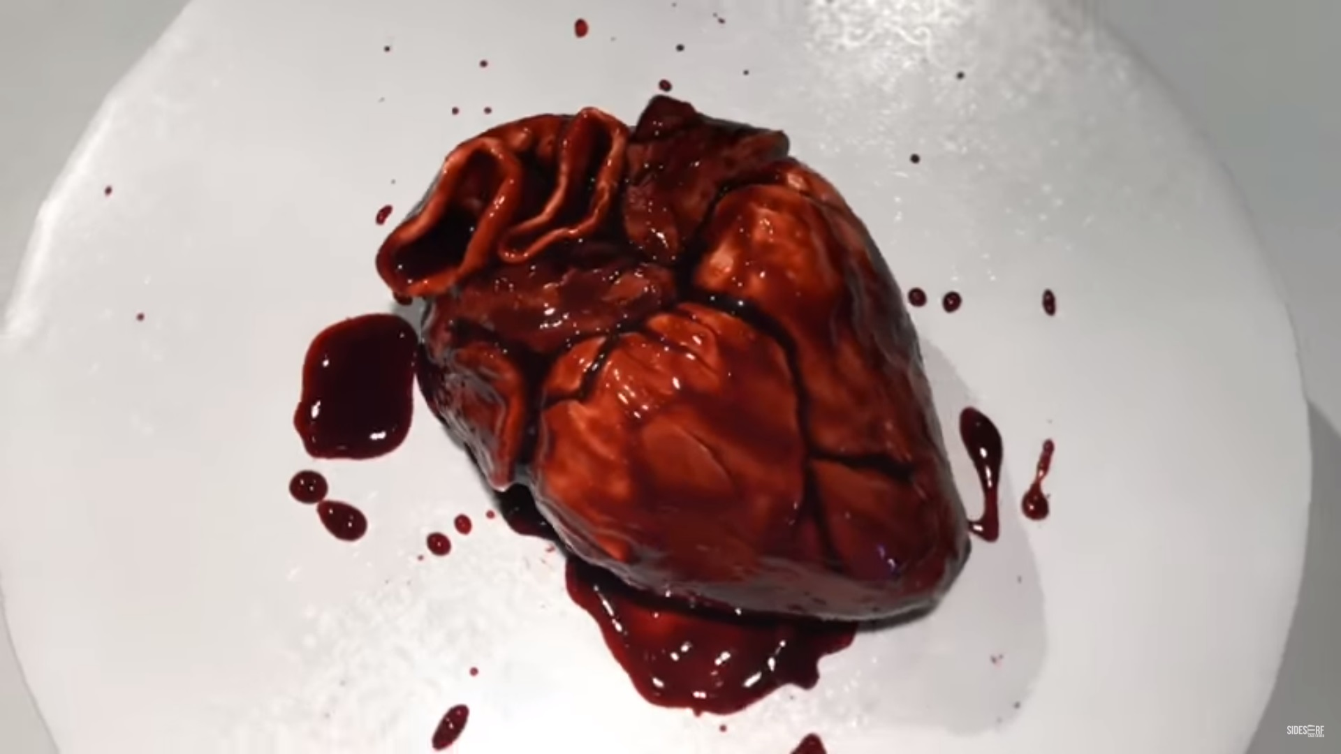 This Human Heart Is Actually A Delicious Cake You Can Eat Geektyrant