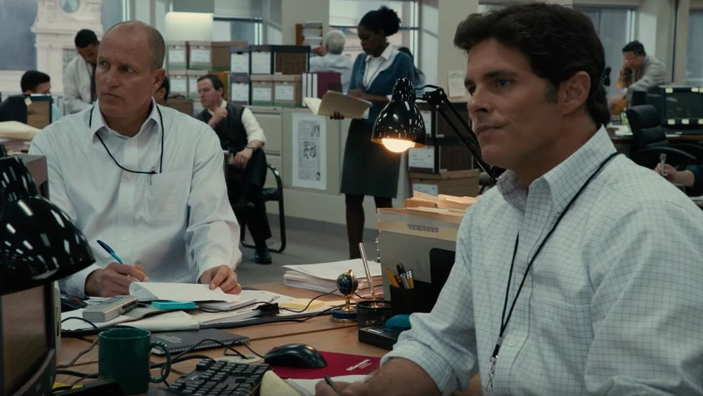 woody-harrelson-and-james-marsden-investigate-the-iraq-war-in-trailer-for-shock-and-awe-social.jpg
