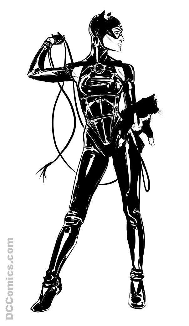 dc-comics-reveals-catwomans-new-costume2