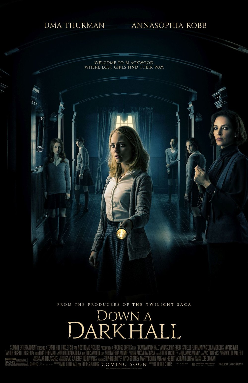 trailer-for-the-supernatural-horror-film-down-a-dark-hall-with-uma-thurman-and-annasophia-robb1