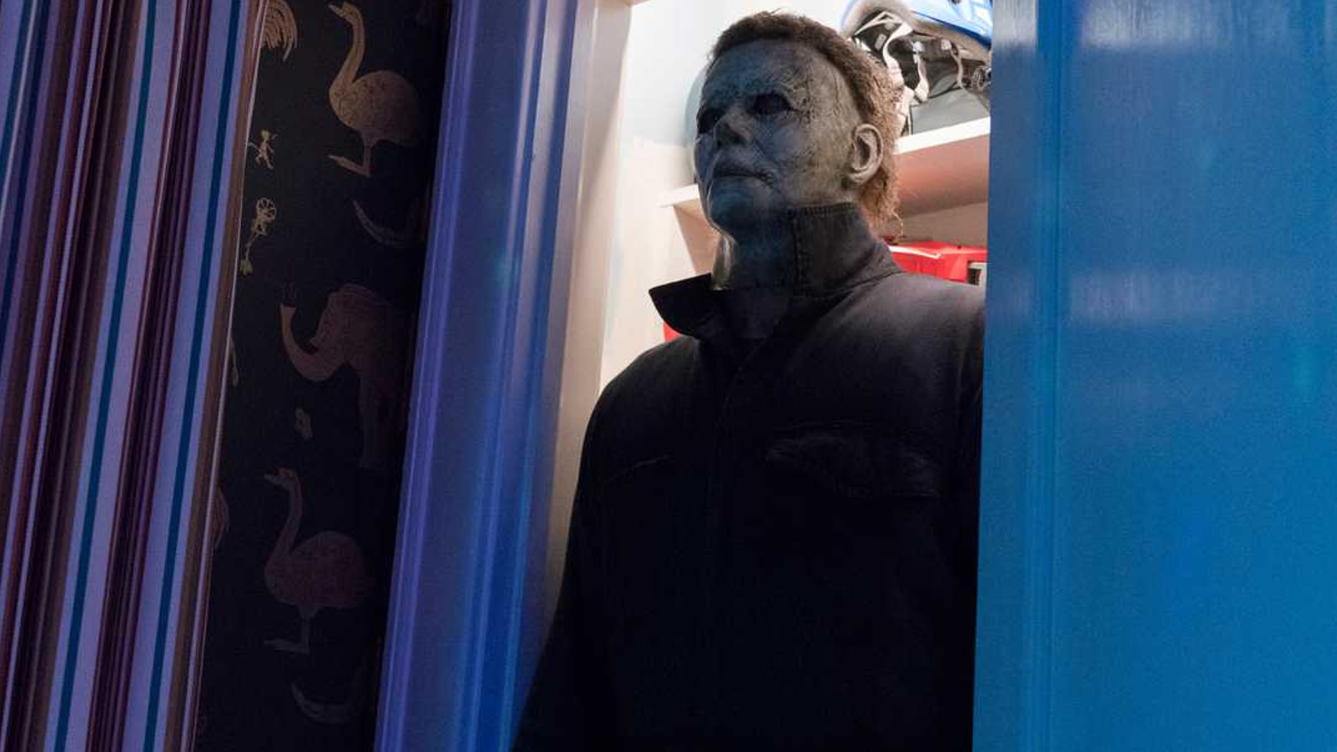 michael myers is back in action in photos from the new halloween