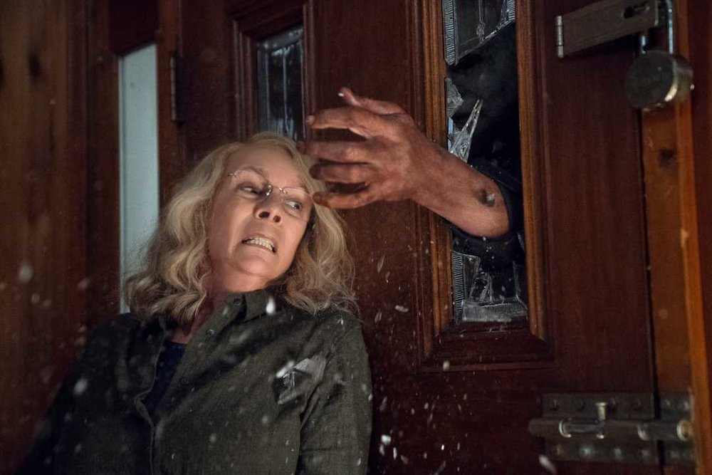 michael-meyers-is-back-in-new-photos-from-the-new-halloween-film3