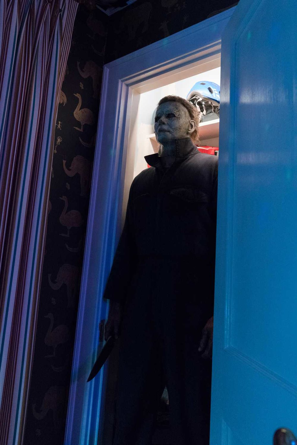 michael-meyers-is-back-in-new-photos-from-the-new-halloween-film5