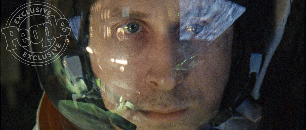 first-photos-of-ryan-gosling-as-neil-armstrong-in-the-moon-landing-film-first-man2