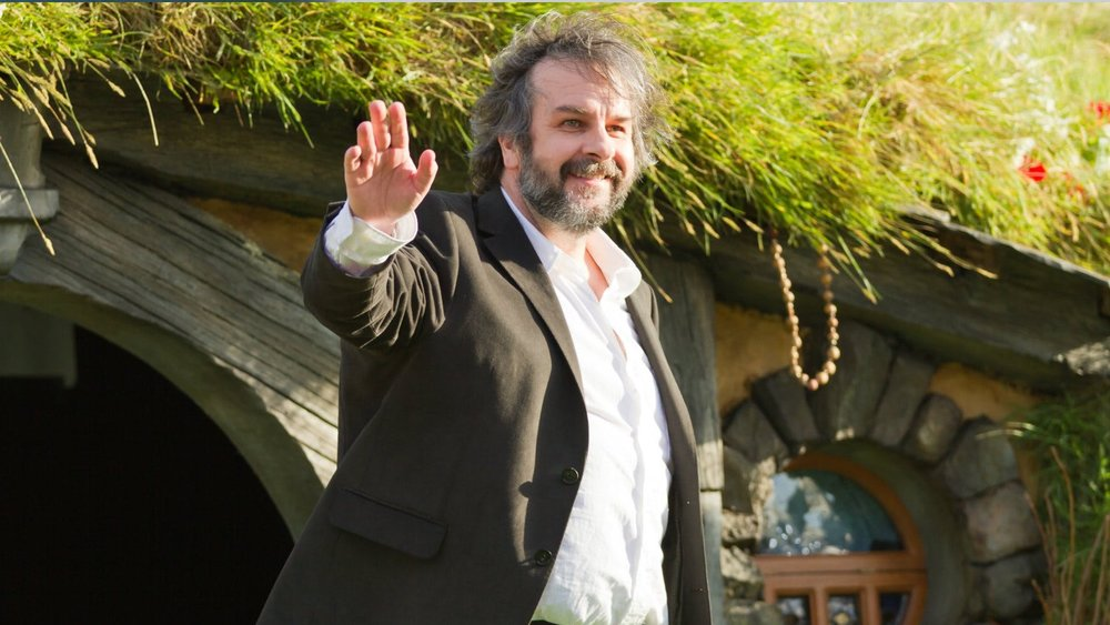 peter-jackson-says-hes-not-involved-with-the-new-lord-of-the-rings-series-or-any-dc-film-projects-social.jpg