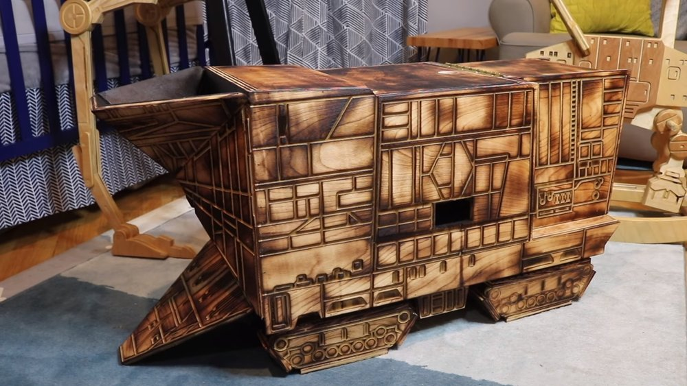 this-guy-built-a-jawa-sandcrawler-toy-box-for-his-son-using-just-one-sheet-of-plywood-social.jpg