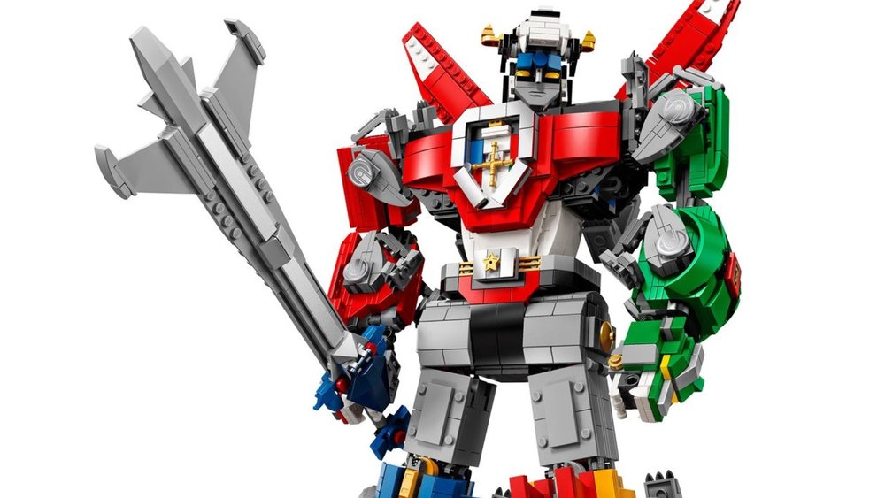 the-new-voltron-lego-set-is-awesome-social.jpg