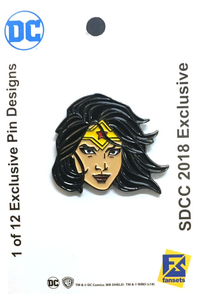 the-official-comic-con-wb-collectors-bags-and-pins-have-been-revealed17.jpeg
