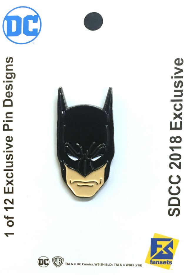 the-official-comic-con-wb-collectors-bags-and-pins-have-been-revealed27.jpeg