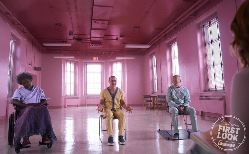 first-photos-for-m-night-shyamalans-glass-feature-bruce-willis-samuel-l-jackson-and-james-mcavoy-in-group-therapy1
