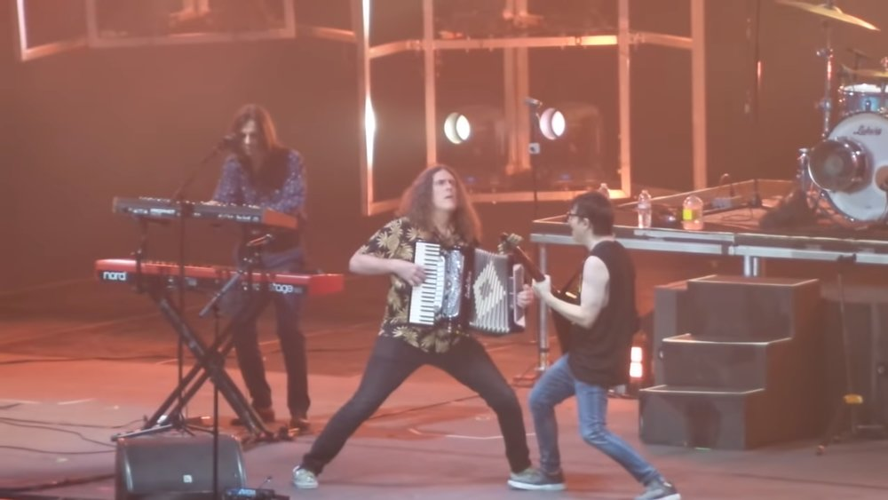 watch-weird-al-and-weezer-take-the-stage-to-perform-totos-africa-social.jpg