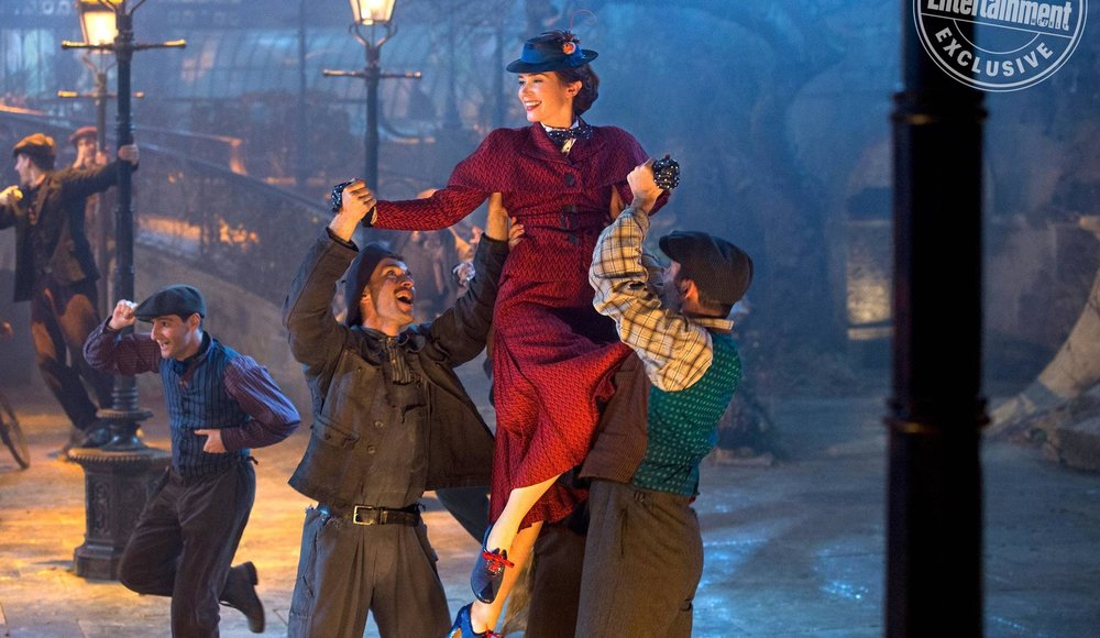 emily-blunt-is-having-a-jolly-good-time-in-new-photo-from-mary-poppins-returns1