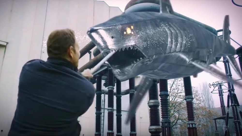 dragon-sharks-are-revealed-in-final-trailer-for-the-last-sharknado-its-about-time-social.jpg