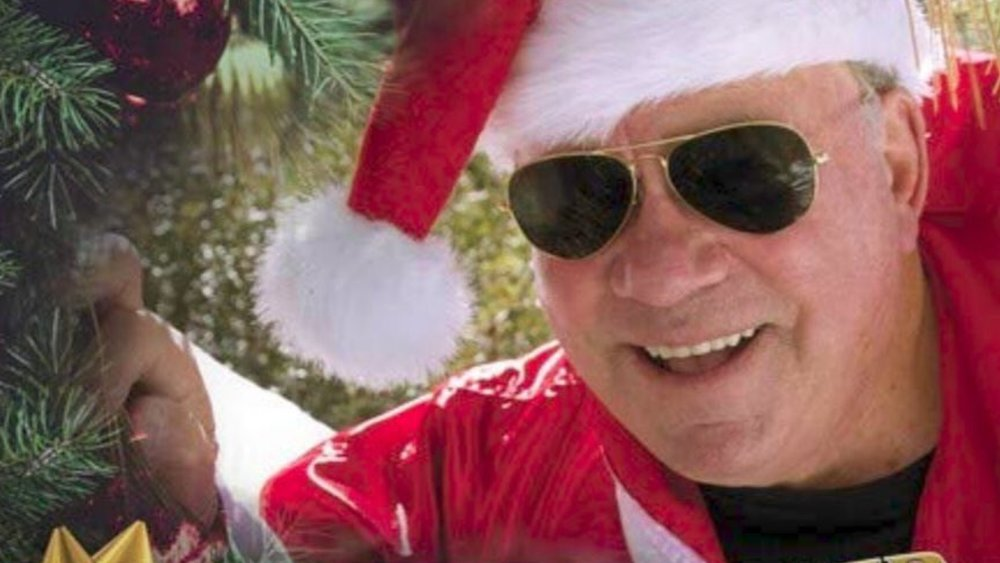 william-shatner-is-releasing-a-christmas-album-called-shatner-claus-social.jpg