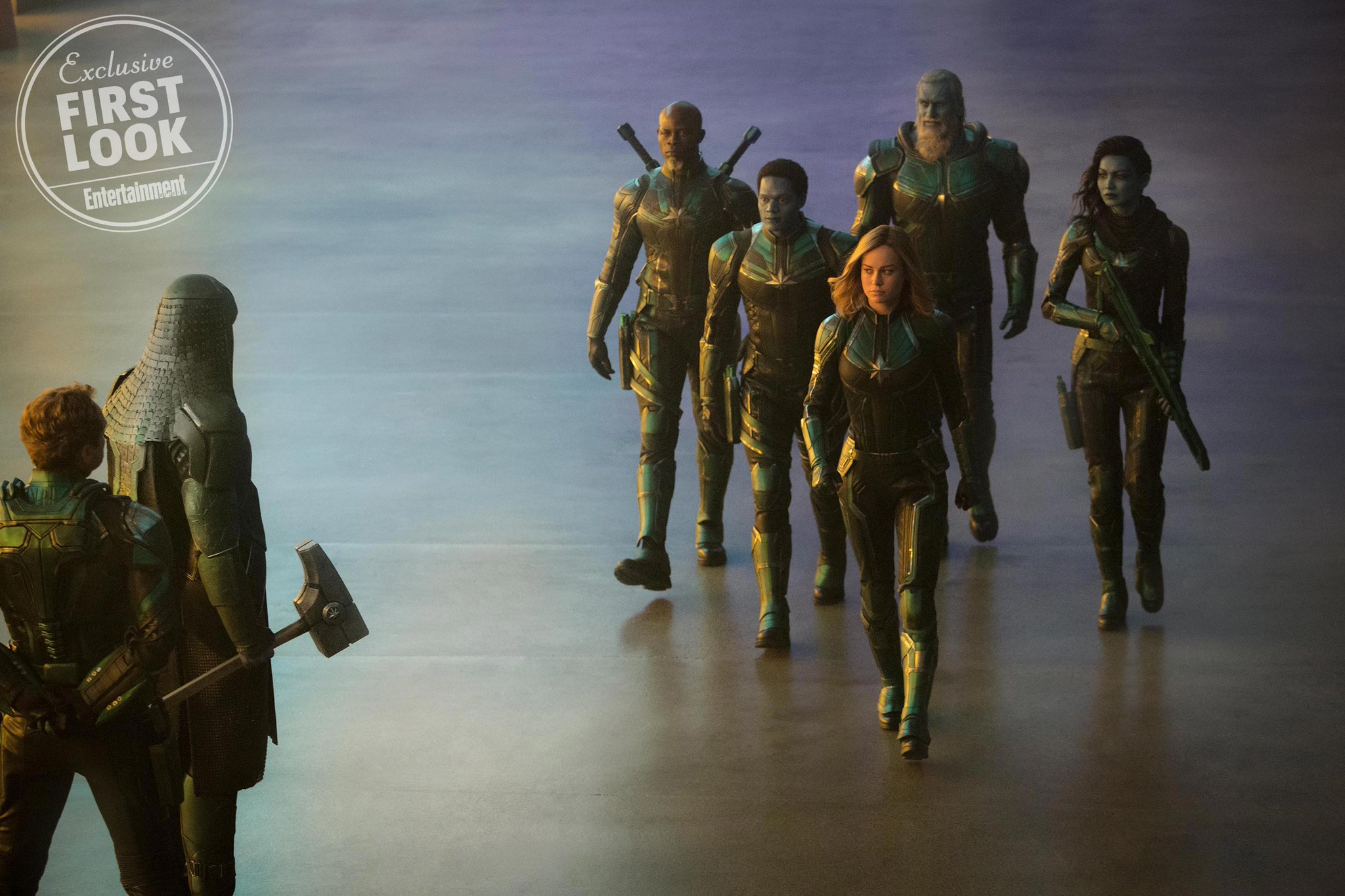 New Photos From Captain Marvel Feature The Skrulls Jude Law As Mar