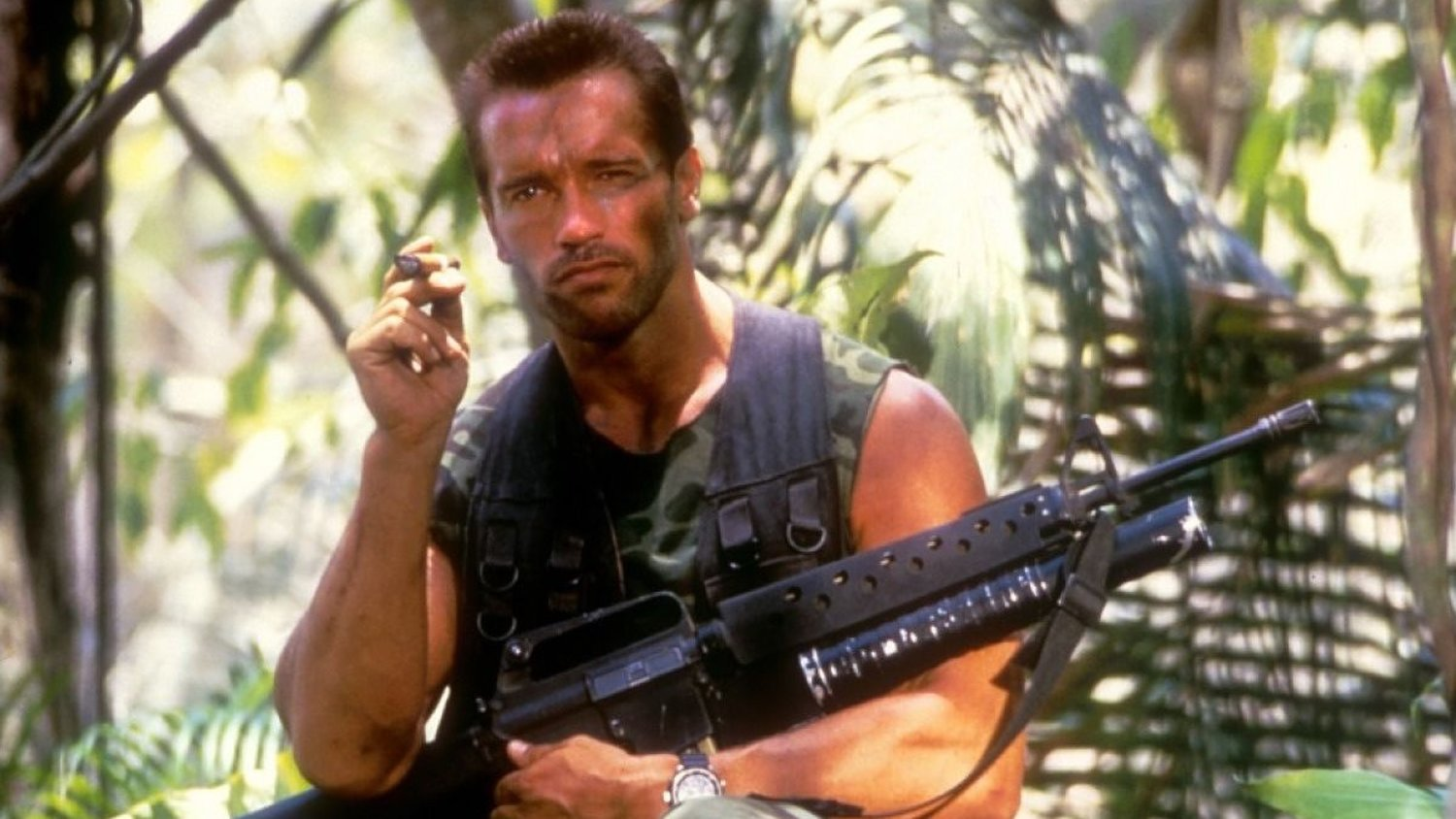 The Original Ending For THE PREDATOR Would Have Brought Arnold ...