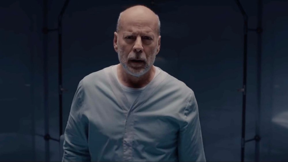 new-motion-poster-for-glass-features-bruce-willis-as-david-dunn-social.jpg