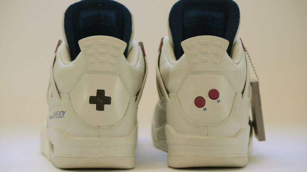 check-out-these-custom-made-1350-game-boy-themed-air-jordans3