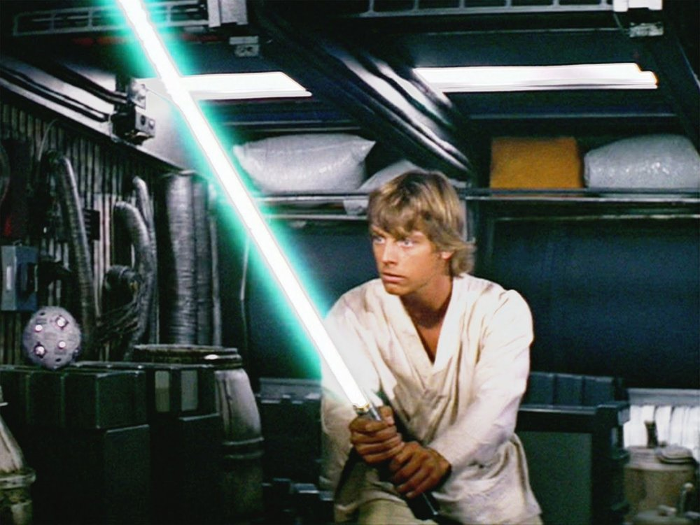 new_hope_luke_lightsaber.jpg