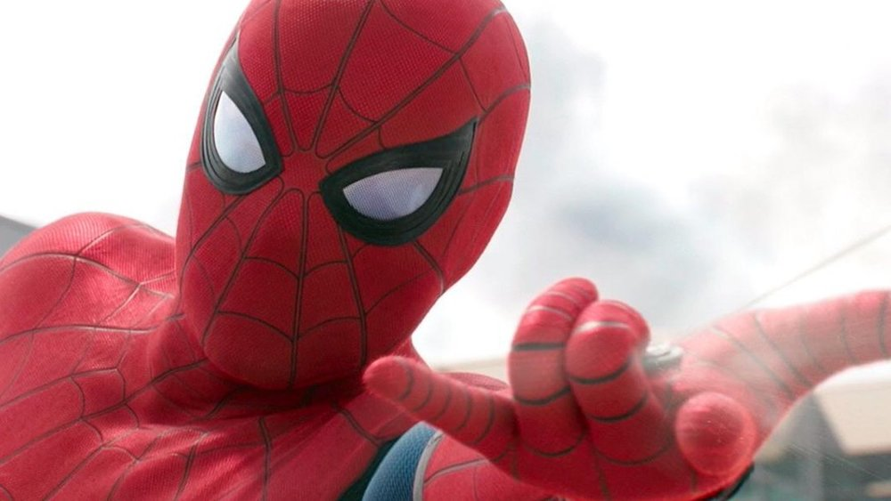 new-spider-man-far-from-home-info-reveals-details-on-mysterio-nick-fury-and-happy-hogan-social.jpg